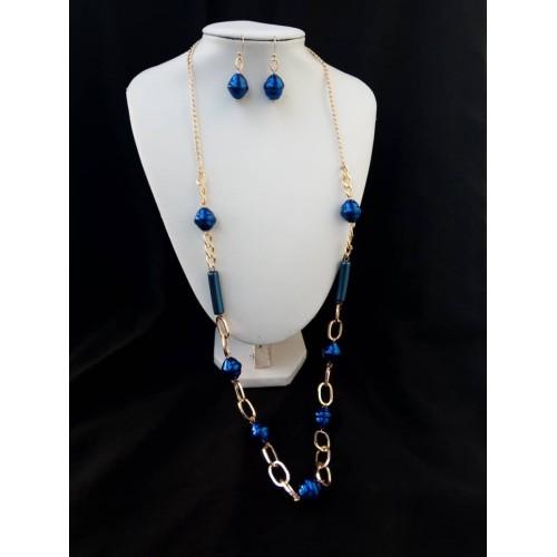 chaine en or plaqué et perle bleu