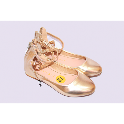 Chaussure pour fille couleur or