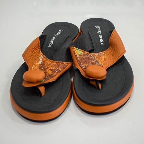 Sandale marron à semelle...