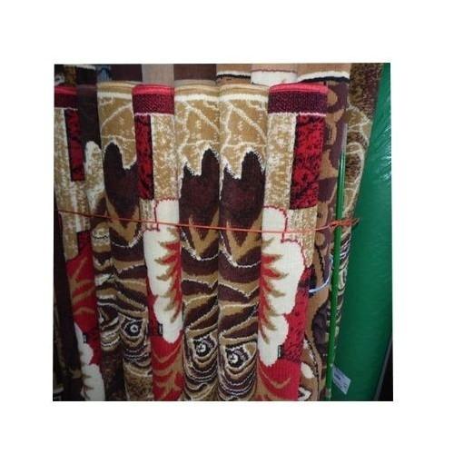 tapis marocain   taille  190 \133  COULEUR  marron\ beige